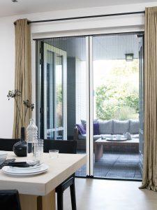 horren op maat | JOXAL interieur Schagen | Jolanda Maurix | Zonwering | raamdecoratie | Gordijnen | Interieuradvies | Plisse Hor