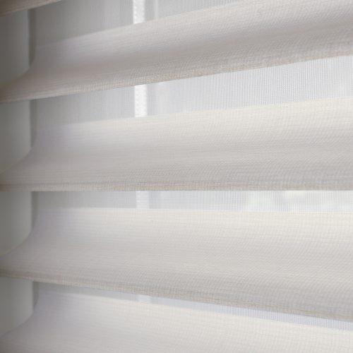 Silhouette shades | Raamdecoratie op maat | Luxaflex raamdecoratie | Luxaflex dealer | JOXAL interieur | voorheen Maurix interieur | Jolanda Maurix | Interieuradvies | Gordijnen | Shutters | Raamdecoratie | Wandbekleding | Verf | Behang | Stylist
