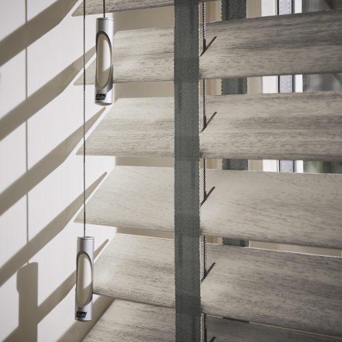 Luxaflex | Houten jaloezieën | Luxaflex raamdecoratie | Luxaflex dealer | JOXAL interieur | voorheen Maurix interieur | Jolanda Maurix | Interieuradvies | Gordijnen | Shutters | Raamdecoratie | Wandbekleding | Verf | Behang | Stylist |