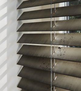 Luxaflex Art | Houten jaloezieën | Luxaflex raamdecoratie | Luxaflex dealer | JOXAL interieur | voorheen Maurix interieur | Jolanda Maurix | Interieuradvies | Gordijnen | Shutters | Raamdecoratie | Wandbekleding | Verf | Behang | Stylist |