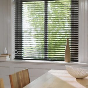 Luxaflex Shine | Houten jaloezieën | Luxaflex raamdecoratie | Luxaflex dealer | JOXAL interieur | voorheen Maurix interieur | Jolanda Maurix | Interieuradvies | Gordijnen | Shutters | Raamdecoratie | Wandbekleding | Verf | Behang | Stylist |